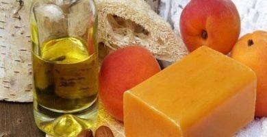 Cómo hacer aceite corporal casero